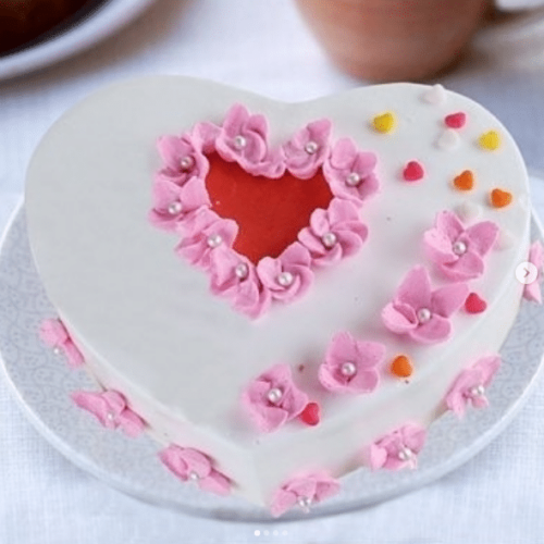 Heart Shape Sugar Paste Cake